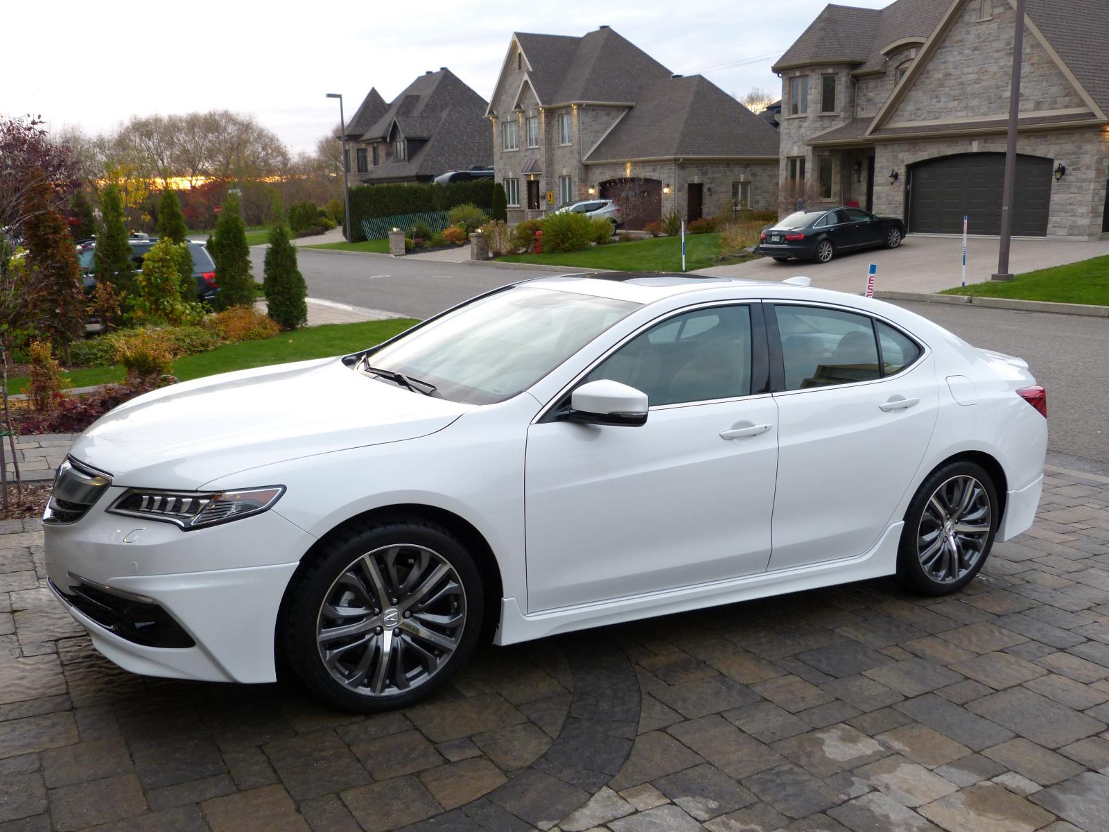 tlx v6 sh awd elite in white color with 39 sport kit. Black Bedroom Furniture Sets. Home Design Ideas