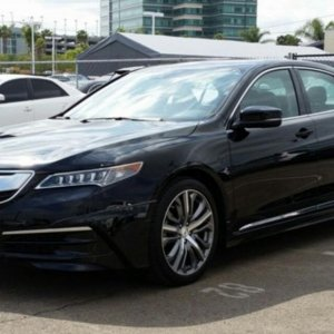 2015 Acura TLX 3.5L V-6 9-AT P-AWS with Tech Package, 19-in Diamond-Cut Alloy Wheels Chrome Door Trim Aero Kit Decklid Spoiler